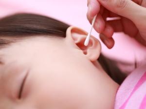赤ちゃん 耳 が 臭い