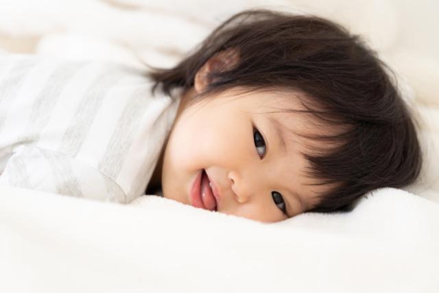 時間 赤ちゃん 遅い 寝る 生後10カ月の頃の夜寝ない理由。寝る時間が遅いときの工夫や夜泣きの対処法|子育て情報メディア「KIDSNA(キズナ)」