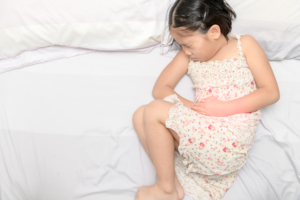 子どもの下痢が続く「元気なのになぜ?」「受診のタイミングは?」