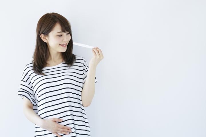 妊娠検査はいつからできる?妊娠検査薬・産婦人科の受診タイミング