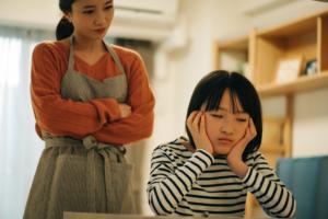 子どもの宿題をみるのがストレス!イライラしない教え方&自分から勉強するようになる方法