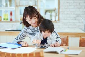 楽しくできる!3歳児の勉強方法。教え方のコツ&おすすめ学習教材も