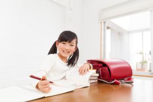 子どもが宿題をしない!親の対応方法&やる気にさせる工夫