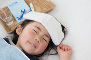 子どもの39度の発熱の対処法 熱を下げる方法は?食事やお風呂はどうする?