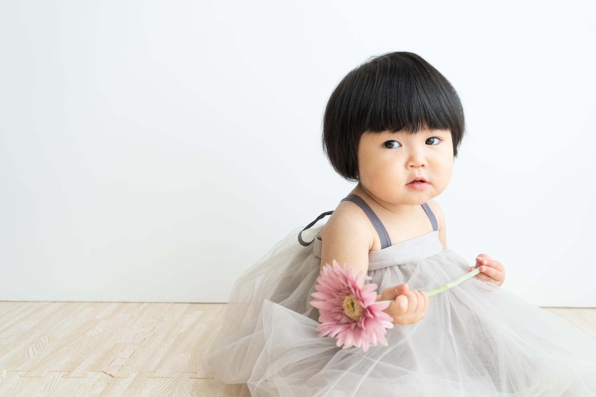 ドレスの女の子