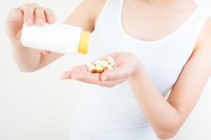 葉酸のとりすぎはNG?副作用・影響は?サプリの一日の摂取量の目安
