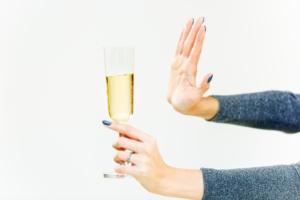 妊娠初期 お酒 断り方1