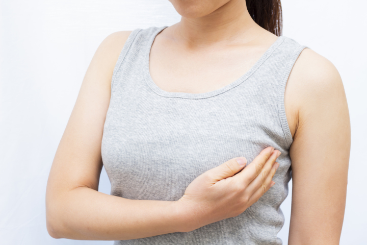 しこり 取れ 炎 ない 乳腺