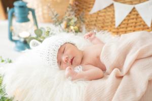 里帰り出産で赤ちゃんが寝る場所は?ベビーベッド&布団の代用アイデア