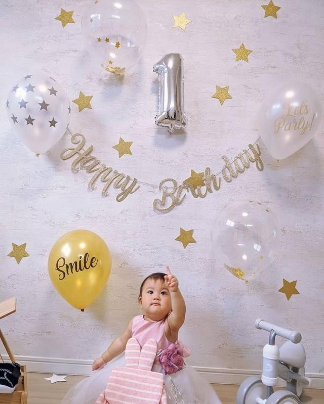 qxw.10さんの1歳誕生日飾り付け