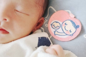 赤ちゃんのおしゃれな写真アイデア集♪センス抜群!スマホでの撮り方も