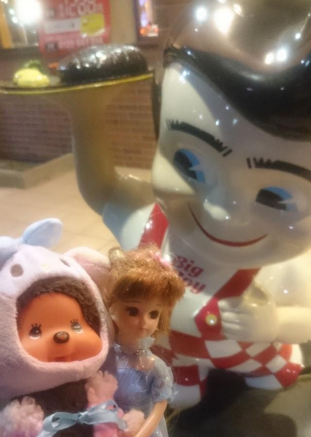 AMHYMさんの子どもはビックボーイにいる男の子の人形が好き