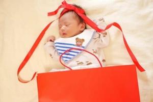 セルフOK!【新生児のうちに撮りたい写真】赤ちゃん撮影アイデアまとめ