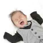 """0歳の赤ちゃんが""""突然""""火がついたように泣く原因。いつもと違う泣き方をしたときは…"""