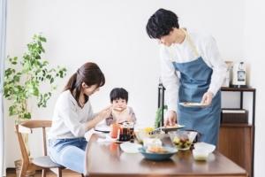 子どもアリの専業主婦「家事分担するのはおかしいの?」妻と夫の本音