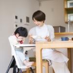 1歳児がご飯を食べない!イライラする!食べムラ・遊ぶときの対処法