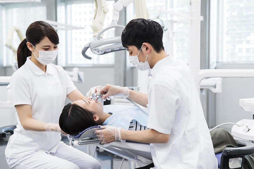 現役歯科医が解説。「抜かなくてもいい親知らずもあります!」