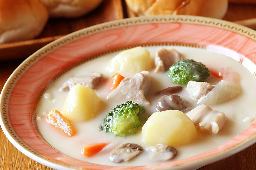 カルシウムを効率よく吸収できる「豆の入ったキノコシチュー」の魅力