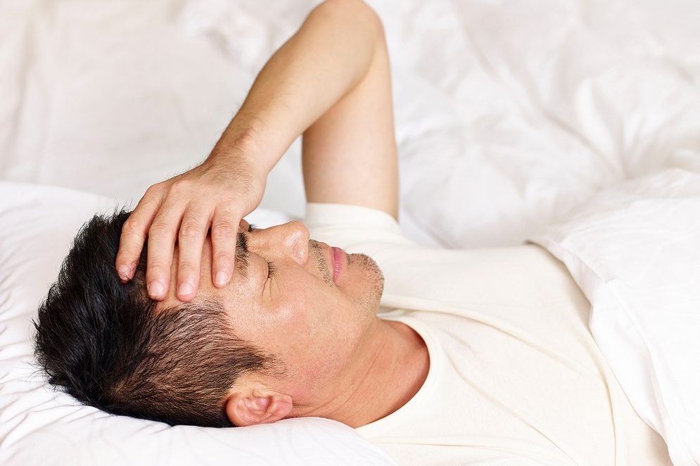 男性の貧血。立ちくらみやめまい…原因は飲酒や他の病気?|医師監修