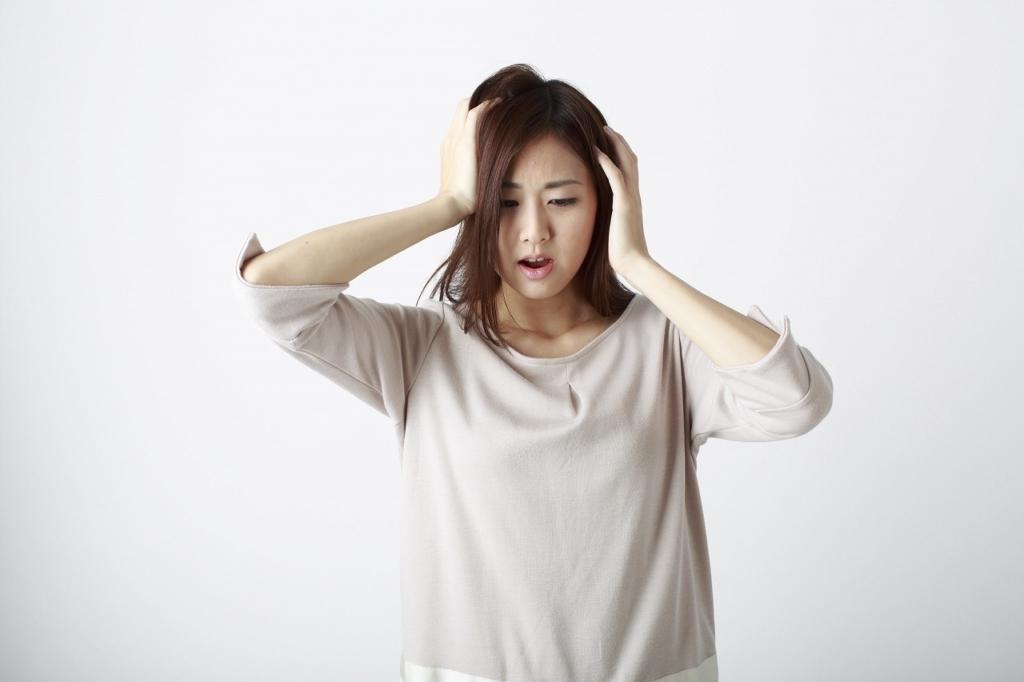 女性の抜け毛・円形脱毛症~1日にどれくらい抜けたら病気ですか?