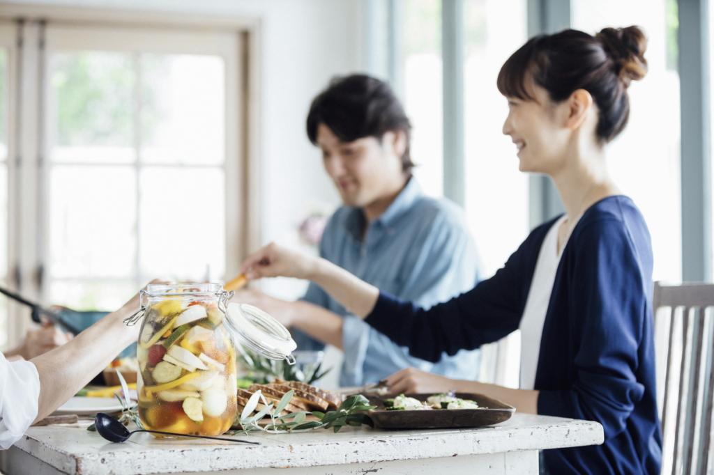 【発症時間別】食中毒の原因菌と症状|食後3時間の下痢や吐き気は?