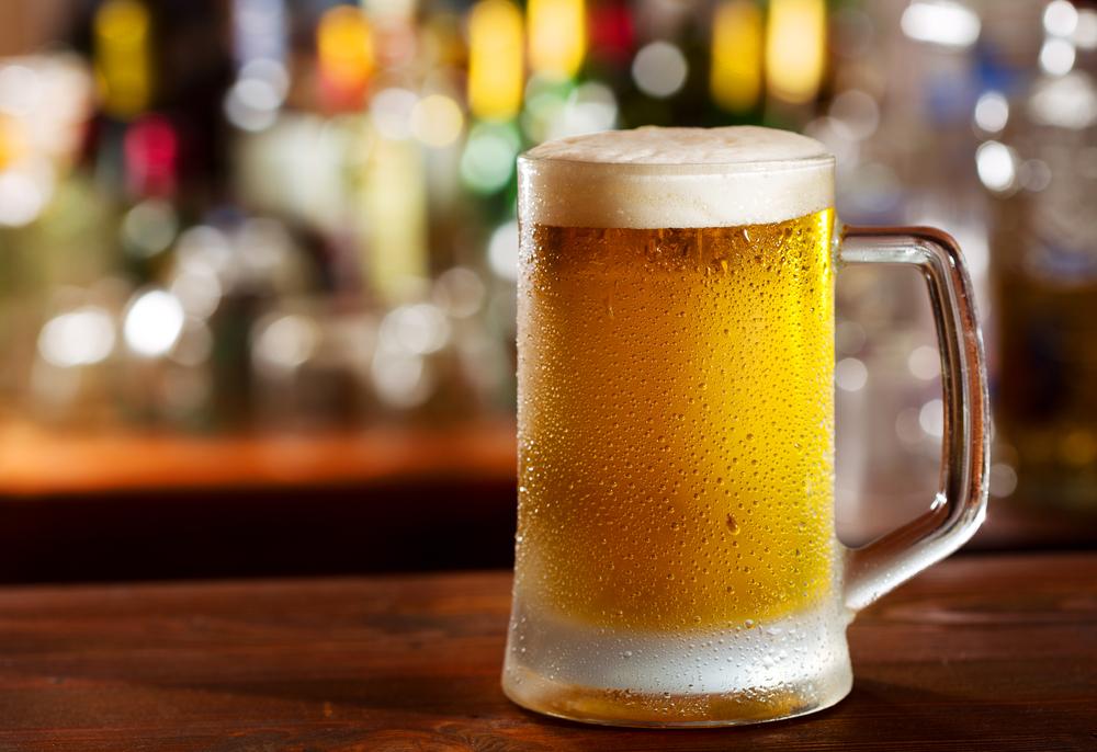 急性アルコール中毒の症状は?応急処置時の対処法もご紹介|医師監修
