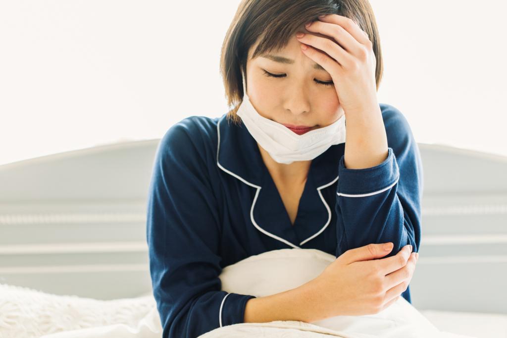 横 に なると 頭痛 が する