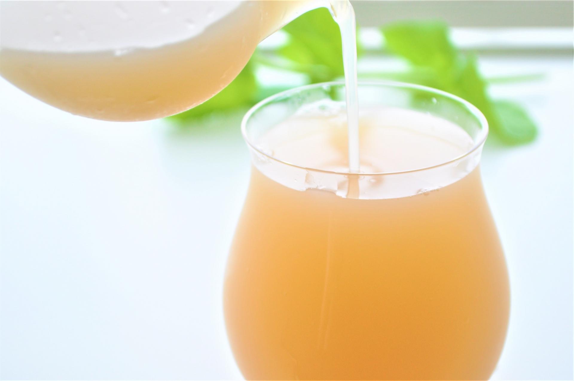 二日酔いに!グレープフルーツジュースの効果。飲み過ぎは体に悪い?夜は太る?