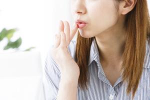 口角炎8つの原因 ストレスとの関係も!オロナイン・ワセリンは使って良い?