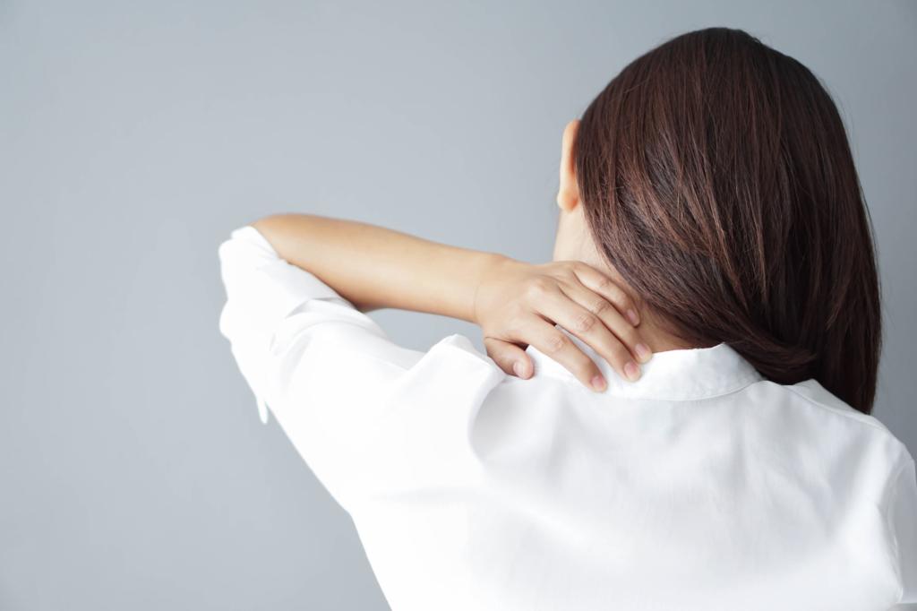 右側 の 背中 の 痛み