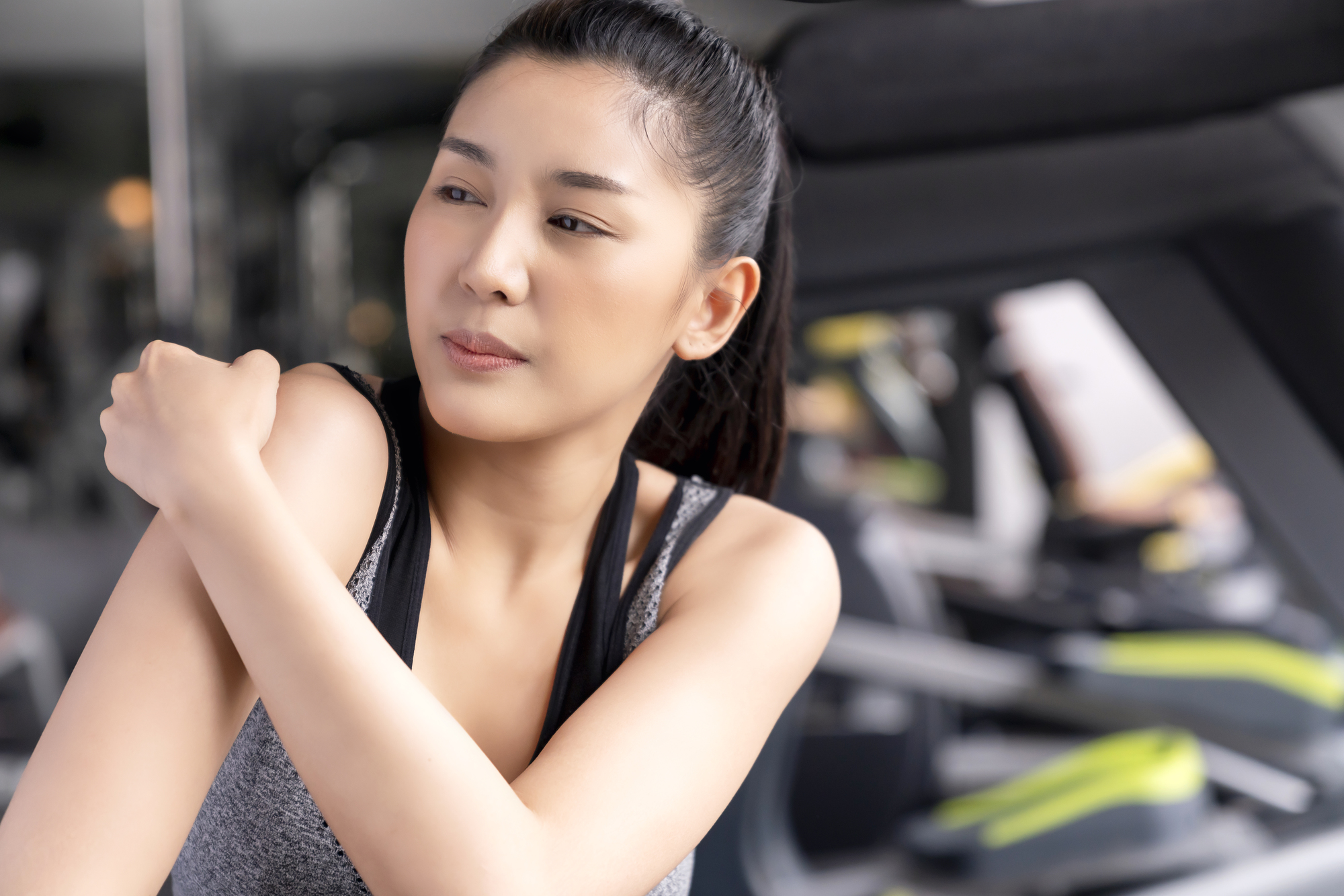 筋肉痛の治し方|湿布やお風呂で早く治すには?股関節、ふくらはぎ、腹筋など。 | Medicalook(メディカルック)