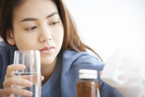 PMS(月経前症候群)治療薬「プレフェミン」の効果と購入方法
