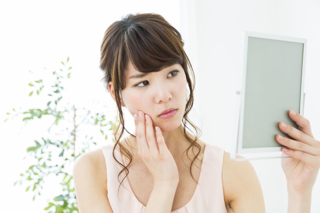 ほくろが増える5つの理由|足裏・お腹は皮膚がん?危険なほくろとは|予防法も
