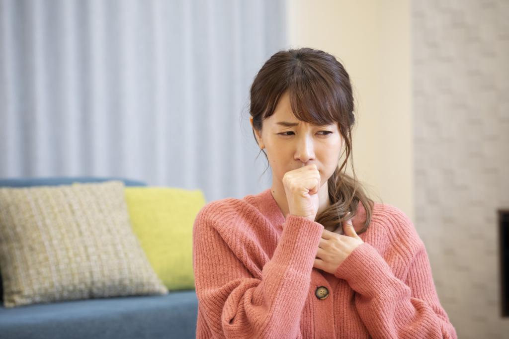 風邪で声が出ない時試す5つの治し方|薬や飲み物。病院は何科を受診?