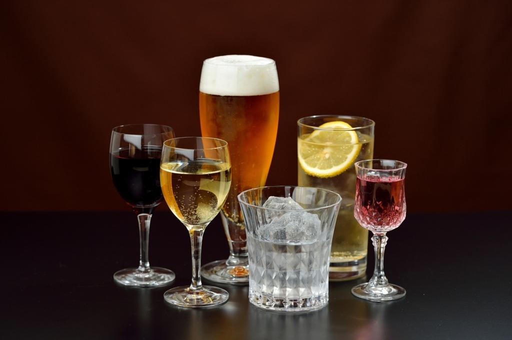 抗生物質を服用中のお酒はNG?飲むとどうなる?何時間経てばOK?