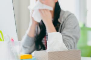 アレルギー性鼻炎の検査方法 何科?費用は?検査を受けるメリットも