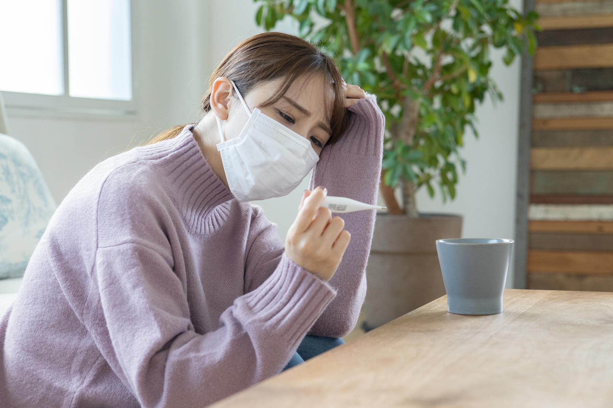 痰が絡む咳が続く 熱なし