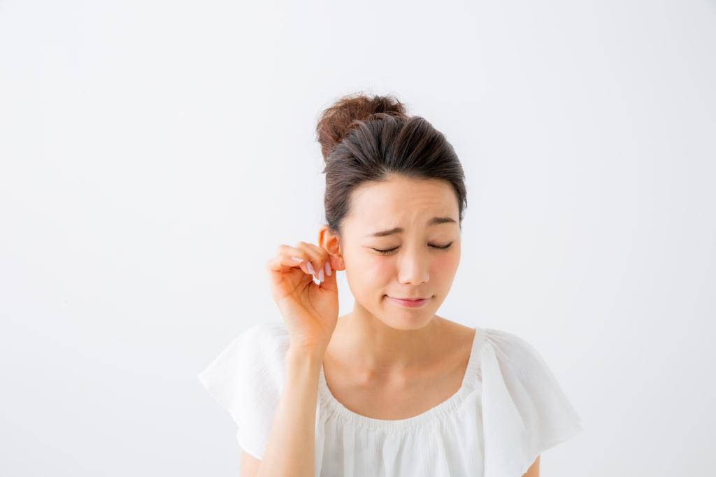耳の後ろのズキズキ痛…大丈夫?それは「後頭神経痛」かも。何科を受診すべき?