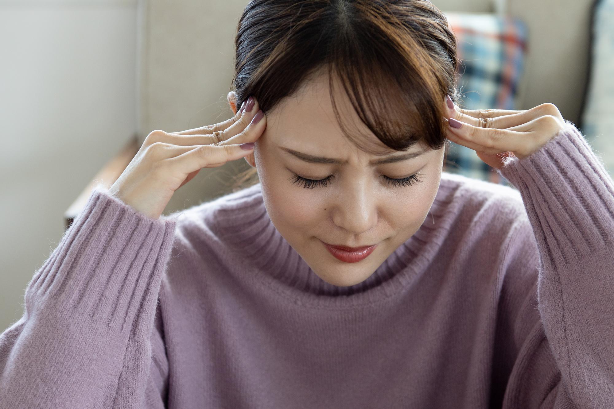 頭を打った数日後の頭痛に注意!「頭部外傷」受診の目安は ...