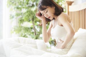 なぜ?下痢が3日以上も続く原因。早く治すには?食事・病院の受診目安も