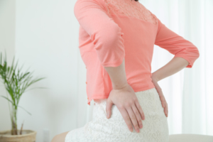 生理じゃないのに生理痛や腰痛…それは「子宮の病気」かも。病院行くべき?