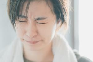 眼底出血を放置するとどうなる?視力低下や失明のリスクも。治し方は?