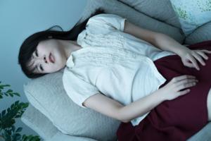 仮面うつ病チェックリスト 肩こりや疲労感に注意。病院は何科?