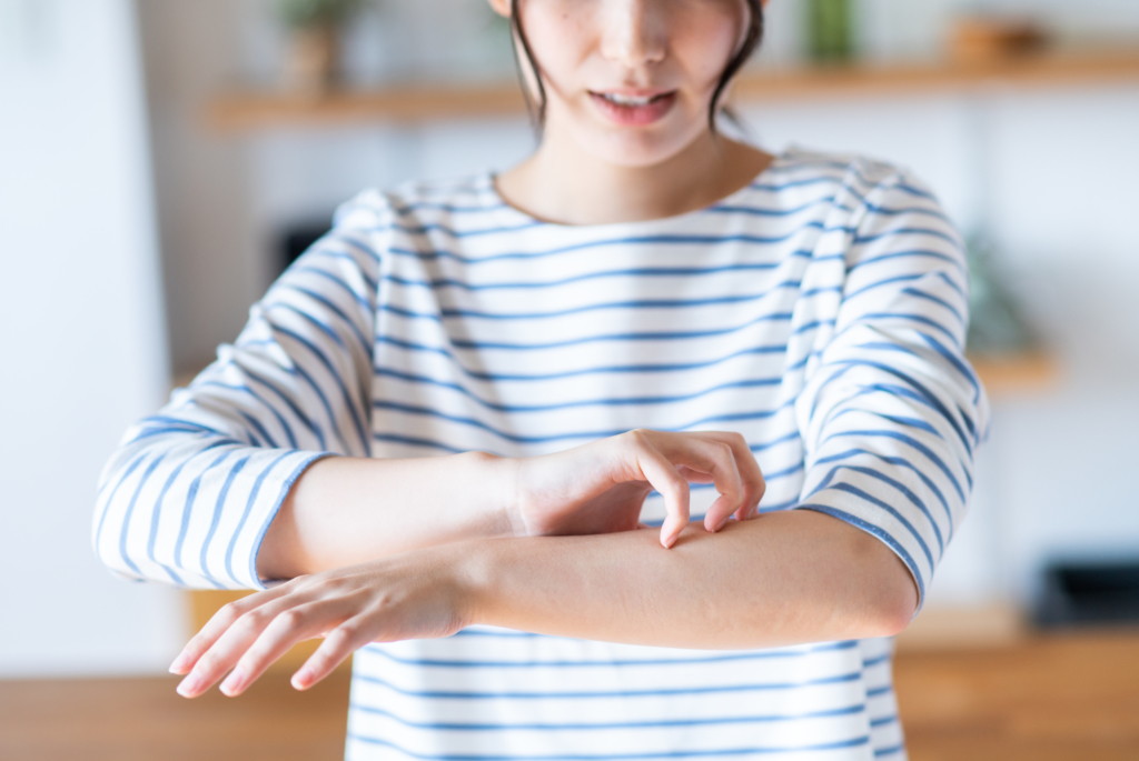 痒い 手 が 汗疱(かんぽう)とは?症状・原因・治療・病院の診療科目