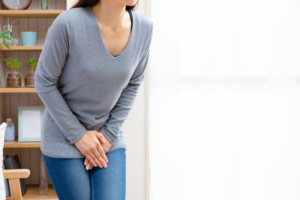 ストレスが原因の「過活動膀胱」を治すには?病院に行く目安も