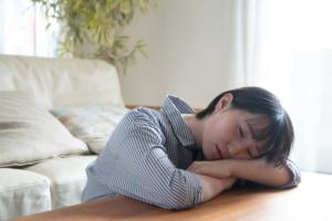 食欲不振は病気サイン?病院は何科?体重減少・不眠・吐き気に注意