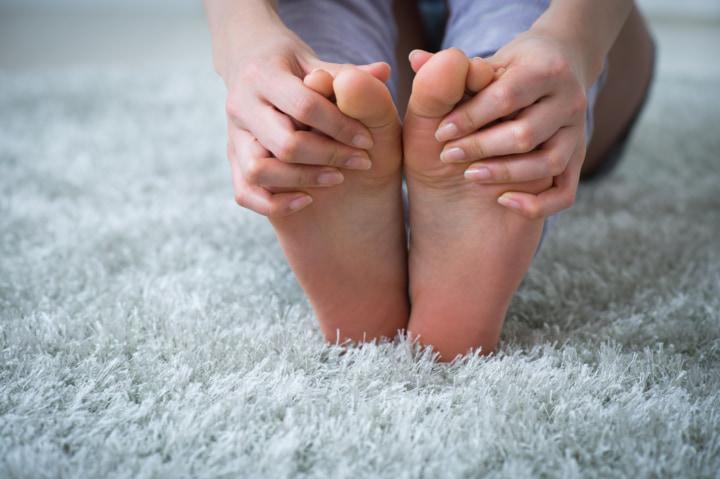 足の裏 熱い ストレス
