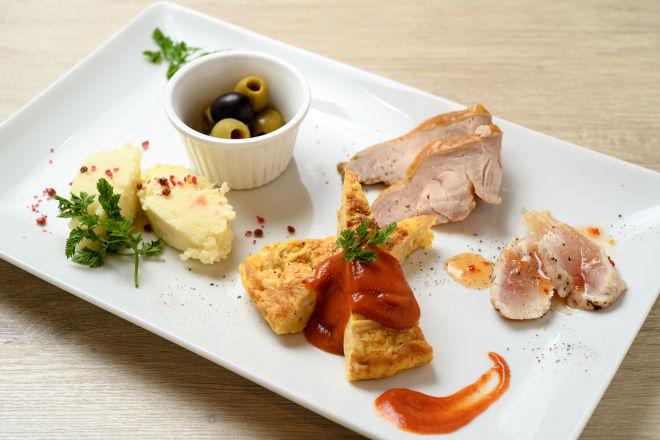 肉バル × イタリアン COLORE_16