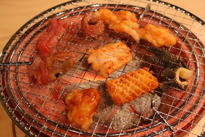 炭火焼肉ホルモン 牛よし_15