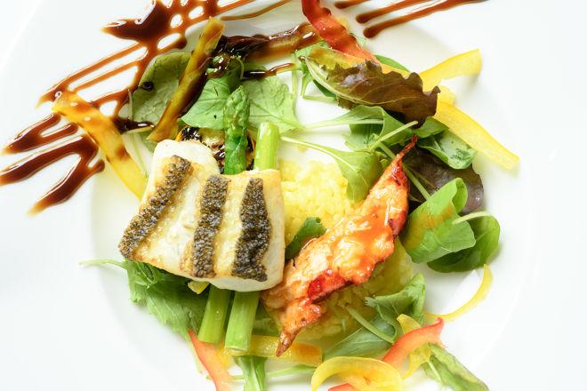 DINING BAR 神戸倶楽部_10